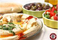 """בואו להתענג במסעדת """"אבו שוקרי"""" המקורי באבו גוש : ארוחת חומוס """"מפוצצת"""""""