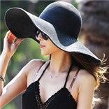 2 כובעים רחבי שוליים במראה ליידי + תיק מתנה