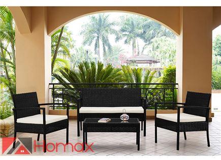 הדיל היומי - סט ריהוט גינה של Homax דגם ברמודה הכולל שולחן ראטן סינטטי משולב זכוכית מחוסמת, זוג כורסאות רחבות ונוחות וכורסא דו מושבית