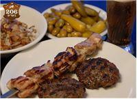 מסעדת ״206 בשרים״ המיתולוגית בת״א - תקף בכל ימות השבוע