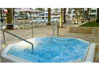 חופשה מפנקת במלון לאונרדו רויאל ריזורט אילת ב-45% הנחה!
