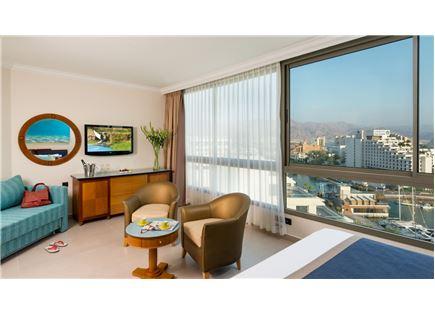 הזדמנות לחופשה מקסימה לכל המשפחה! במלון יו מג'יק פאלאס אילת ב-50% הנחה!