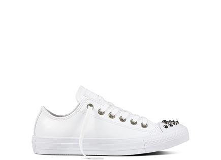 נעלי אולסטאר לנשים נמוכות עם ניטים - All Star