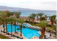 מלון לאונרדו פלאזה אילת ישראל מצדיעה לגמלאי המדינה אמנים משתתפים:שלומי סרנגה,מוני מושונוב וגלי עטרי