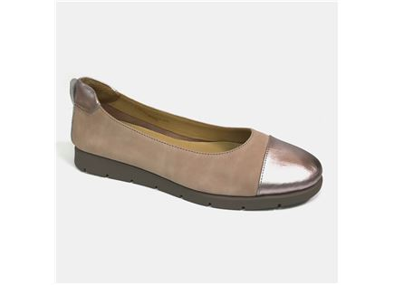 Darkwood - נעלי סירה מעור הפוך בצבע ניוד במבצע