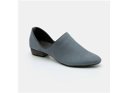 Seventy Nine - נעלי עור קלאסיות עם חרטום במבצע